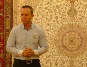 Hanan Ogunc explains the differences in Turkish carpet.