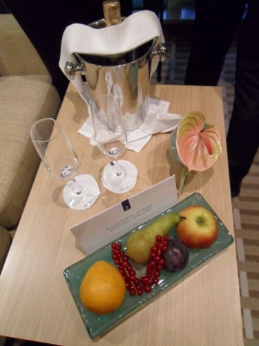 Fruit and champagne awaits you on arrival.