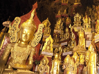 A few of the Buddha images in Pindaya Caves