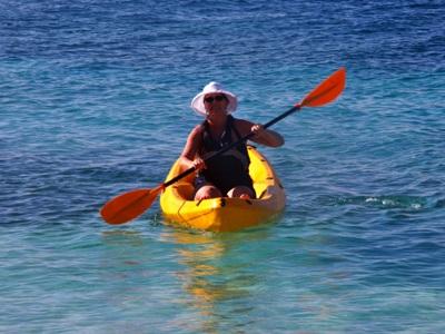 Kayaking Tobago Cays