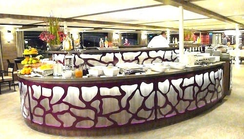 A large buffet in the Restaurant serves delicious choices for breakfast and lunch.