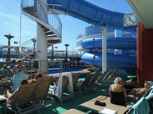 Pool deck on Norwegian Gem