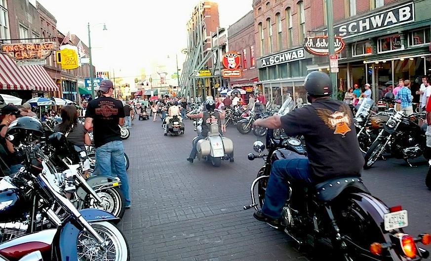 Cruise Nights Near Me >> Bikes rumble on Beale Street – AllThingsCruise