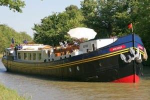 Anjodi cruising Photo courtesy of European Waterways