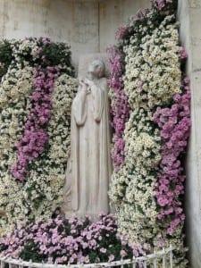 Commemorative statude of Joan of Arc