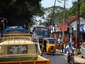 Traffic in Cochin seems to move according to mysterious rules