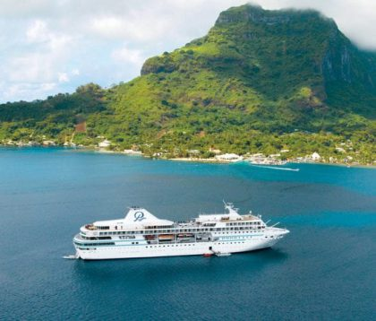 """Paul Gauguin Cruises Announces """"Tahiti for the Holidays""""  Special Offer and Reduced Deposit"""