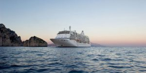 What is Your Preferred Ship Size  – Small Luxury or Yacht? From Just 32 Guests