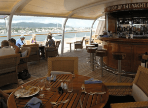Socializing in the outdoor dining area aboard SeaDream I